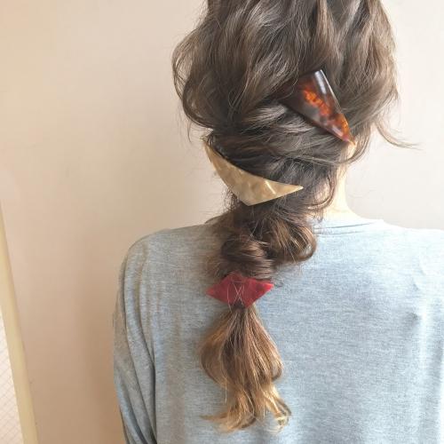sanコレ 三角バレッタ 編みおろし ダウンスタイル 髪型