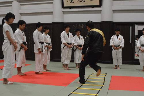パーソナルトレーナー学校 東大少林寺拳法部セミナー開催