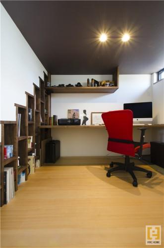 男のロマン!男の隠れ家!的書斎スペースも叶えちゃいます!