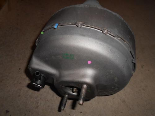 ボルボ240ブレーキマスターバック現物修理出きる様なりました