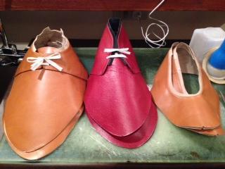 《Hyggelig(ヒュケリ): 3種類の靴の仮作り(オーダーメイドシューズ、インソール)》