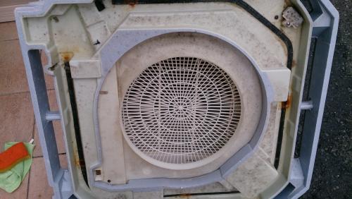 藤沢市で業務用エアコン洗浄クリーニング