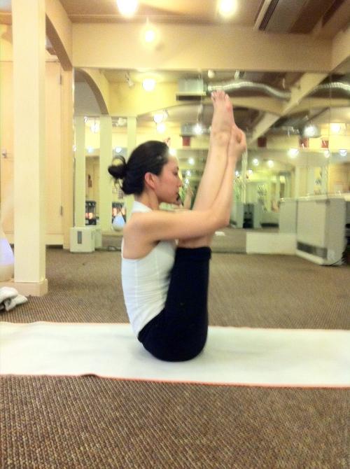 本日のアドバンスヨガクラス〜Upward Stretching pose〜