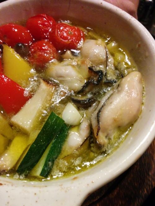 『牡蠣のアヒージョ』980円