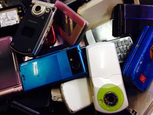 携帯電話買取    ジャンク品110円より
