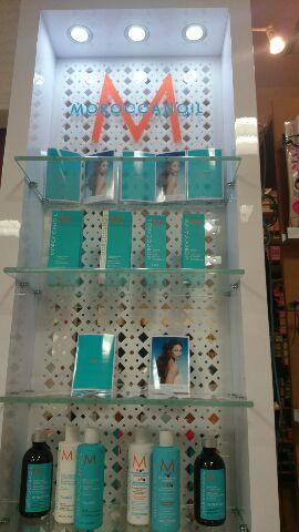 モロッカンオイルの商品棚