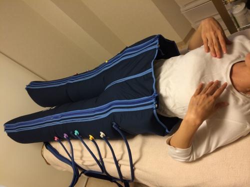 足先から骨盤までマッサージ