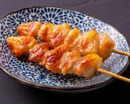 薩摩地鶏のぼんじり串、歯ごたえコリコリ絶品です。