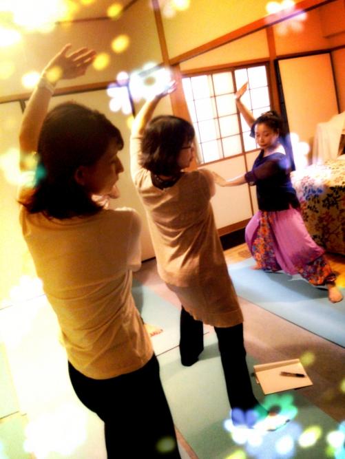 ろっ骨エクササイズKaQiLa〜カキラ〜【11月のグループレッスン日】