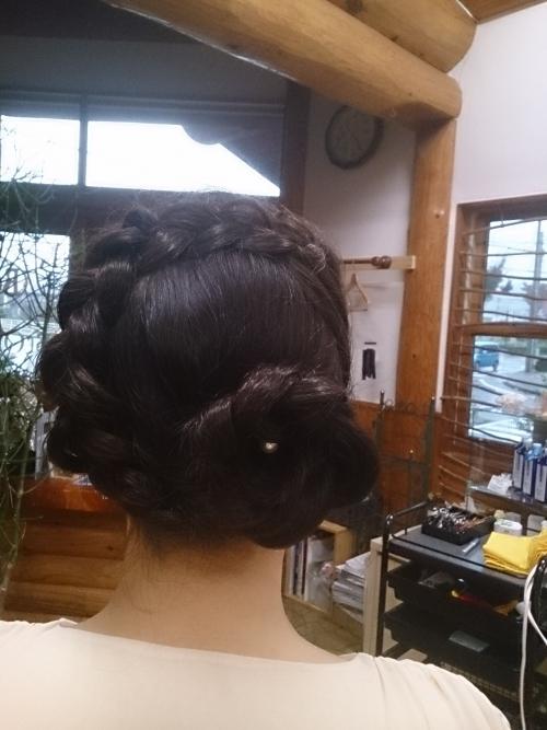 今日は娘が友達の結婚式のために奈良へ  (*´∀`)