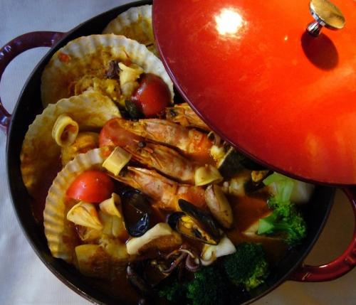 南仏マルセイユの香りが詰まった魚介鍋「ブイヤベース」