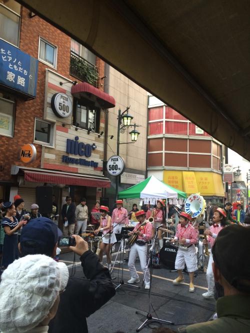 新宿三丁目はジャズフェスでした