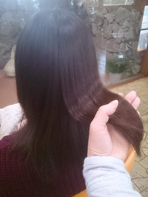 最近『暖房で、髪は乾燥。外出すると風でパサつく!』あなた