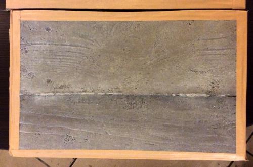 杉板目のコンクリート打放し壁風のモルタル造形