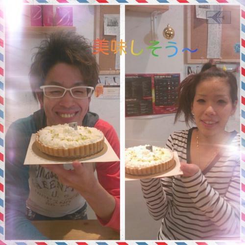コンテストで頑張ったご褒美に、こんなに美味しそうなケーキを頂きました!!