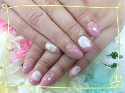 ピンクとミルキーホワイト☆フレンチ