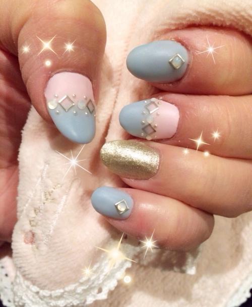 マットコート☆ビジューで飾ったピンクとブルー