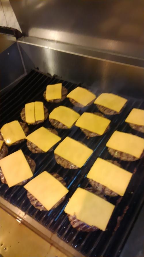 ハンバーガー大量注文デリバリー