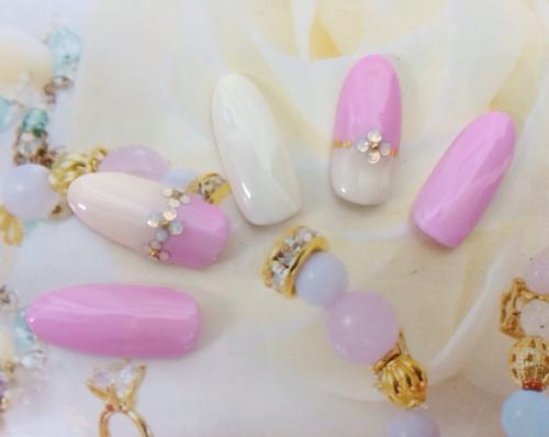 春ネイル☆ピンク&ホワイトと小花