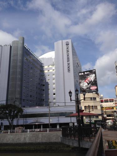 博多エクセルホテル東急へ出張タイ古式60分