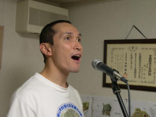 高音出ないと感じたらボイストレーニングで発声の基礎を