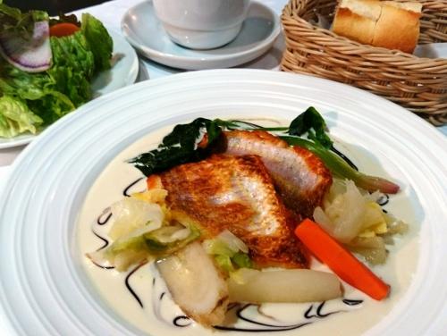 ランチから本日の魚料理