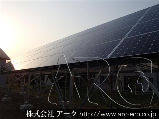 4月28日、野建て太陽光設備工事。