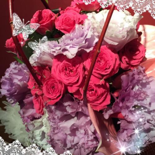 今週もかわいいお花が届きました~☆