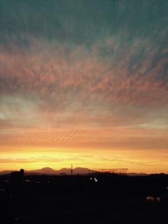 日光連山が燃えているような夕焼け