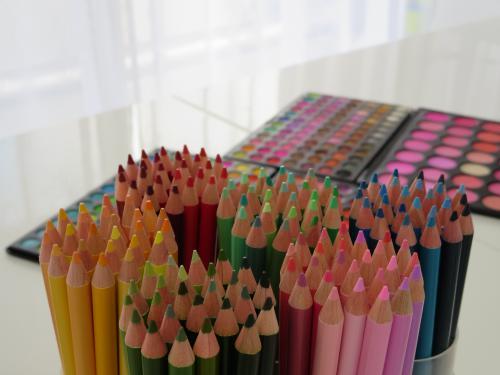 あなたはどんな色オタク?一つの色、分野にこだわってみませんか