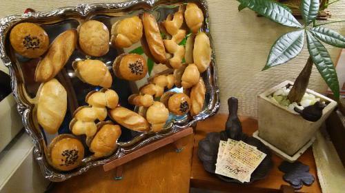 パンのマグネット作りました(#^.^#)