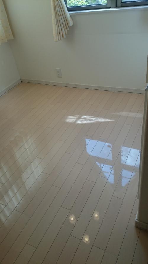 床の剥離ワックスなら