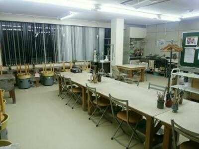 陶芸教室の模様替えで、二階の第二教室が広くなりました。