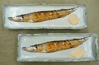 秋刀魚皿2枚が焼き上がりました。Mさん作。