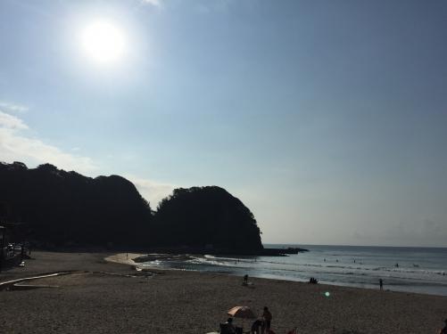 南伊豆 朝一 多々戸浜でサーフィン!