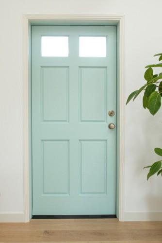 ハウススタジオ:B...ダイニングルーム&キッチンの扉