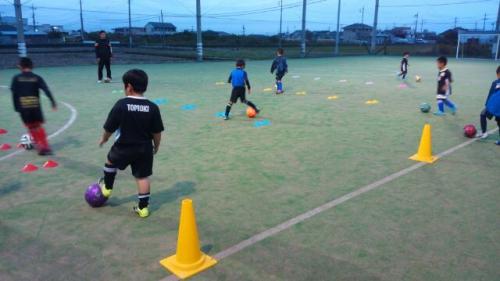 水戸市のサッカースクール 無料体験実施中