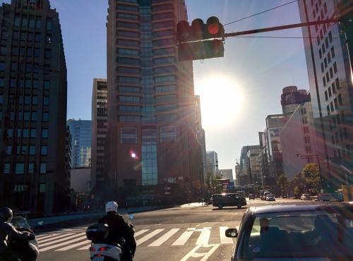 千代田区有楽町に早朝デリバリー