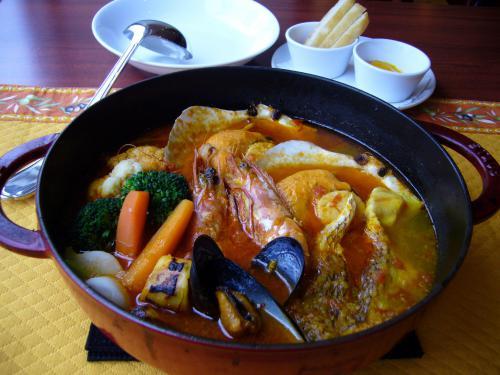 温まる&元気になる!魚介の旨味たっぷりマルセイユの鍋料理