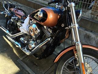 バイクタンクのヘコミ修理(ハーレーダビッドソン)