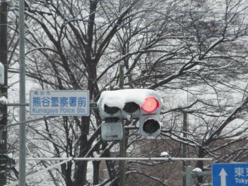 積雪、混乱した大渋滞…。