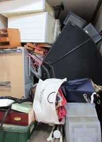 大量の不用品、家財処分、電化製品、おかたづけ、埼玉県熊谷市。