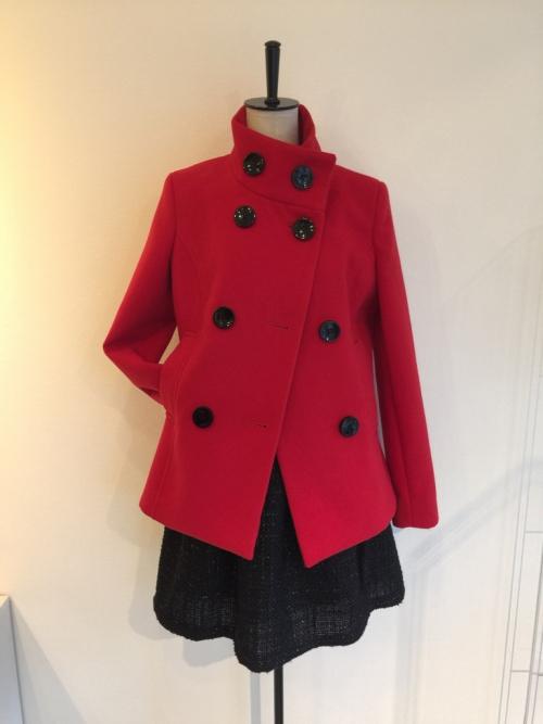 リナシメントの赤のコート