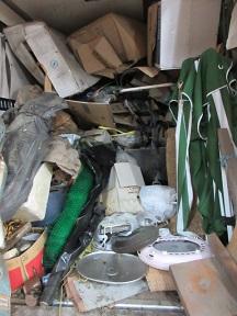外回りのゴミ不用品回収、熊谷市格安おかたづけです。