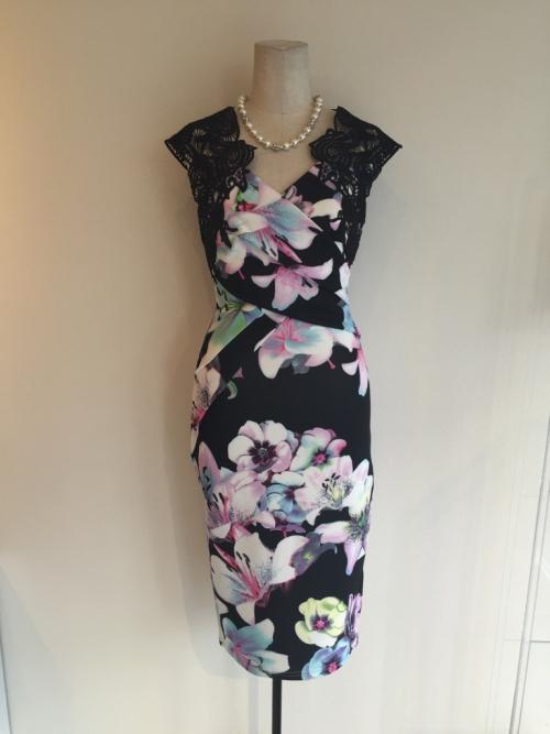 リプシーの新作ドレス
