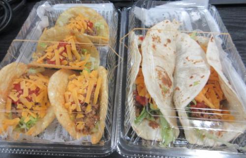 IRIE 深谷市のタコス&ハンバーガーショップ。
