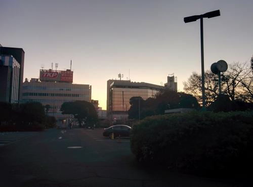 新宿区信濃町に早朝デリバリー