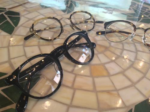 クラシックなメガネもあります。 神奈川ビジョンサポート