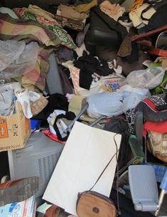 埼玉県は熊谷市不動産屋さんからのご依頼、大量不用品ごみ。