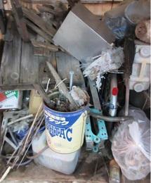 外まわり、お庭の放置物、大量ゴミ、お片付け、熊谷市です。